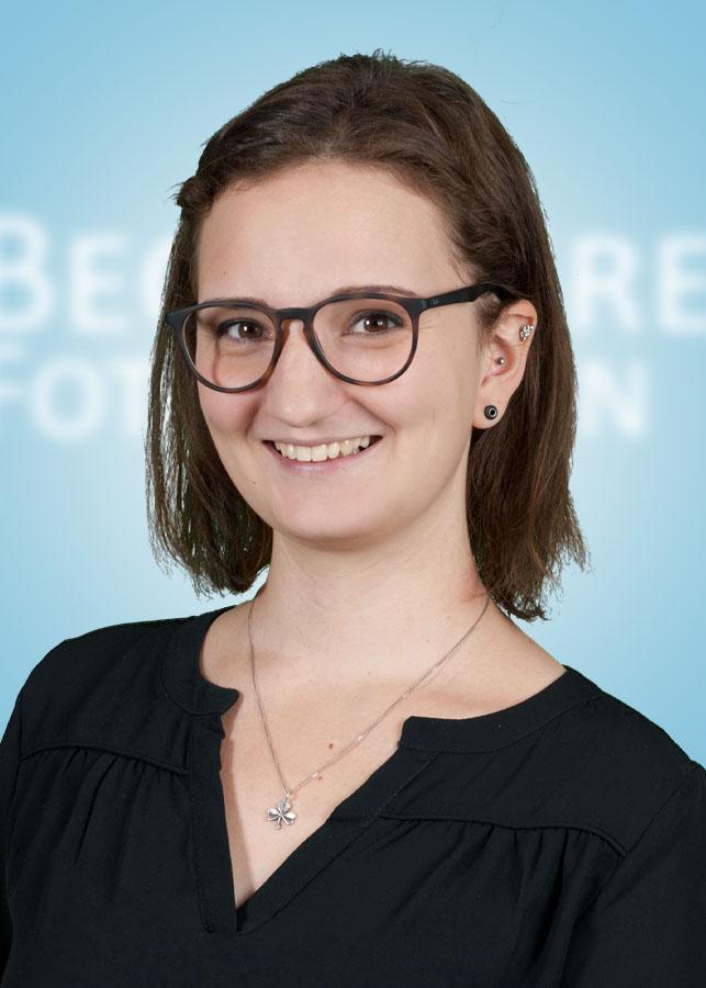 Julia Bastian